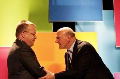 Microsoft via libera per l'acquisizione della Nokia