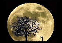 La Luna colpita da un asteroide