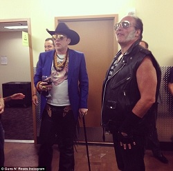 Nicolas Cage vestito come Axl Rose