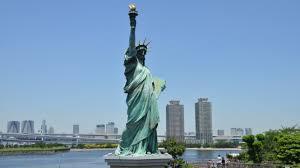 New York allarme pacco bomba alla Statua della Libertà