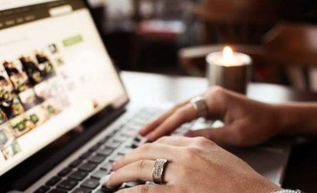 Web, italiani sempre più connessi