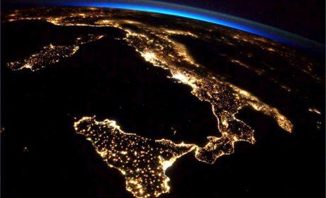 L'Italia maglia nera tra i Paesi del G20 per inquinamento luminoso