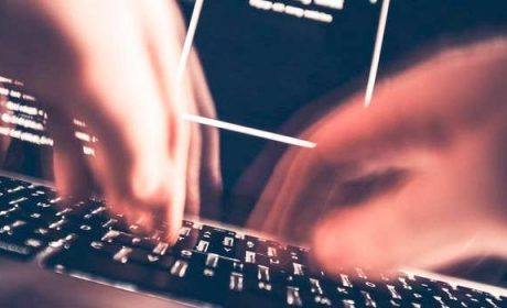 Speake(a)r, cuffie e auricolari: cimici al servizio degli hacker