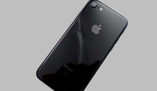 iPhone 7 in tinta Jet White? Così dicono i Giapponesi