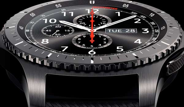 Samsung, lo smartwatch Gear S3 è arrivato in Italia