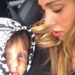 Belen e la risposta per la bufera del bacio al piccolo Santiago