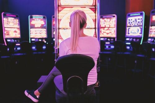 Il gioco d'azzardo diventa sicuro: più tutele grazie alla repressione del gioco illegale